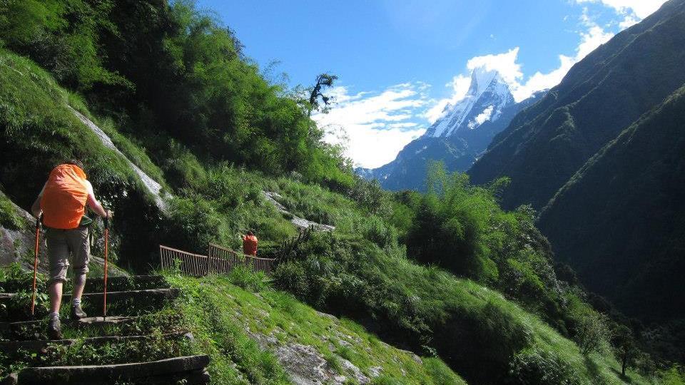 Práca v Nepále. Cez prázdniny a zadarmo. Som normálny?