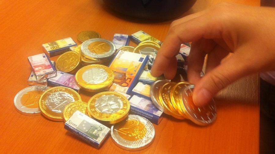 Platy.sk, peniaze, narodeniny